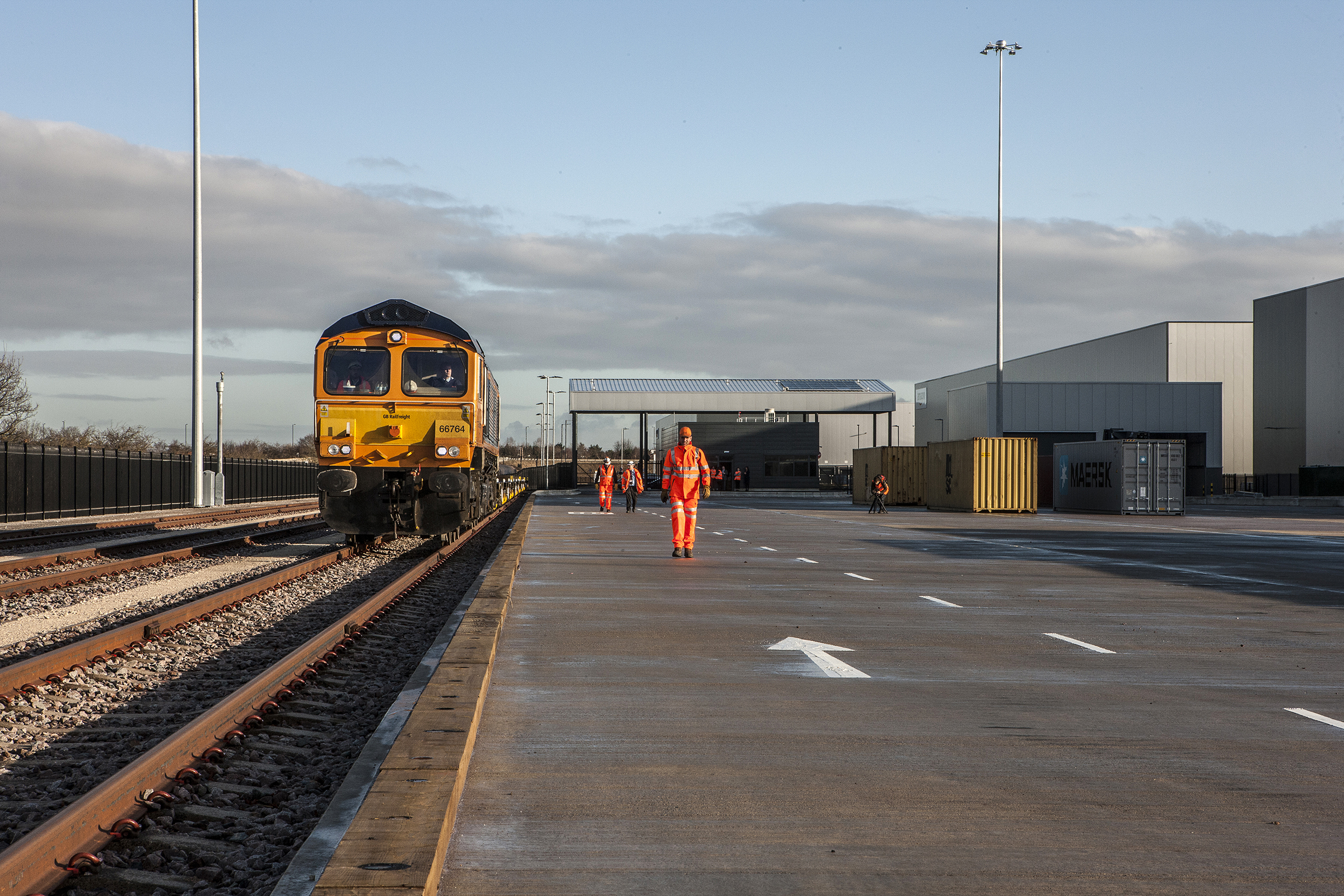 Test train arriving at iPort Rail from Felixstowe