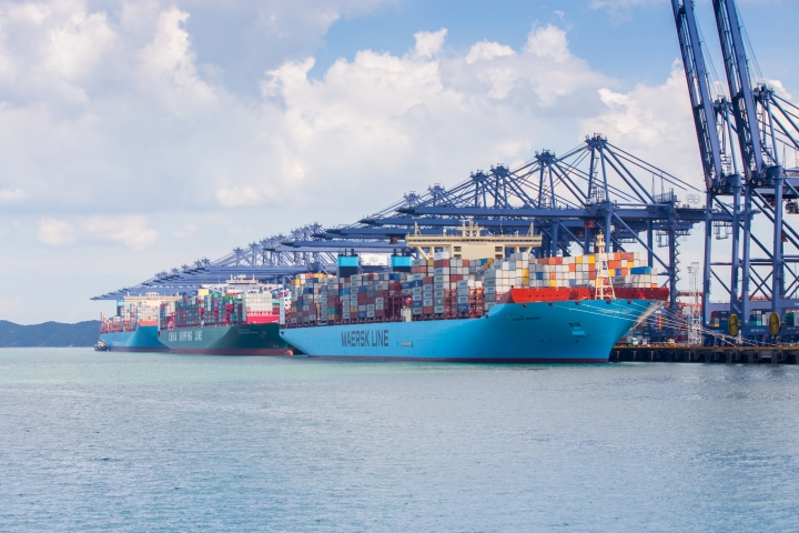 Southern China Ports hit by COVID-19 outbreak