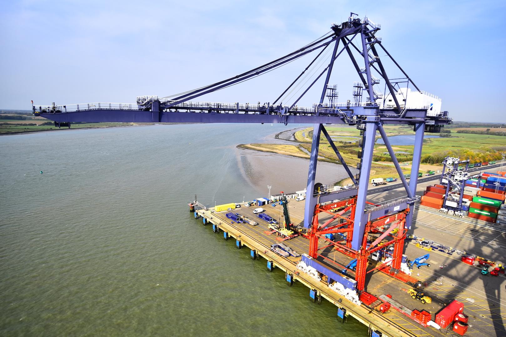 ZPMC takes crane raises to another level