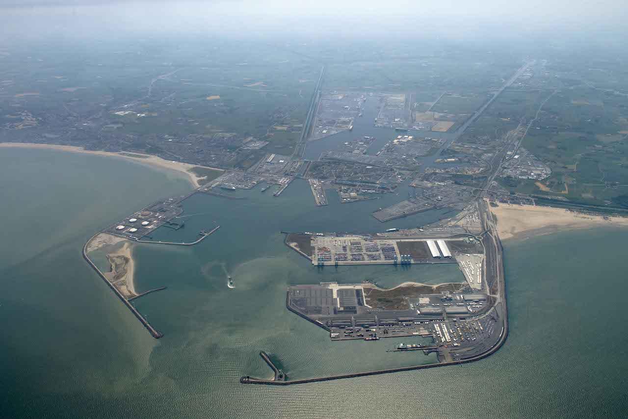 Antwerp/Zeebrugge co-operation being studied