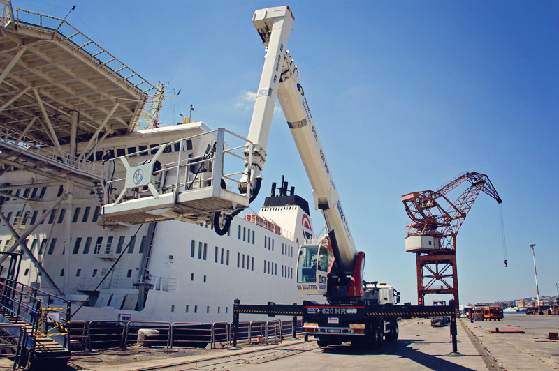 Effer cranes are used in many applications