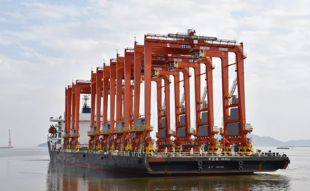 "Sany is targeting ""large-scale port machinery"" sales"