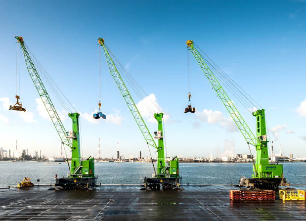 Three of Goeyvaerts' existing Konecranes Gottwald MHCs
