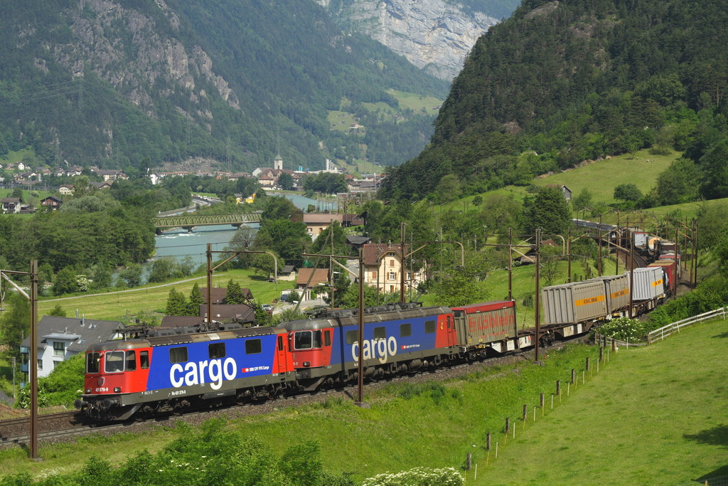 SBB AG is looking to sell up to 49% of SBB Cargo AG