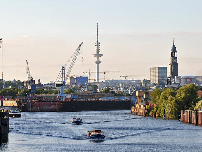 The 5G trial in the Port of Hamburg is said to be progressing well