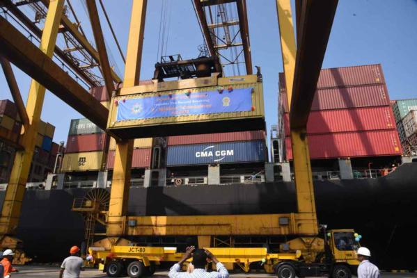 Colombo with a record 7M TEU in 2018