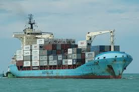 Maersk to feeder deepsea containers over Hull