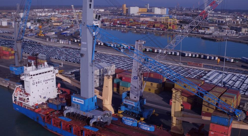 Lorenzini is an established customer for Gottwald mobile harbour cranes