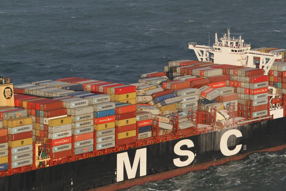 North Sea search for hundreds of MSC ZOE lost boxes