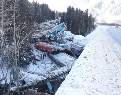 Grain train crash kills three CP rail workers