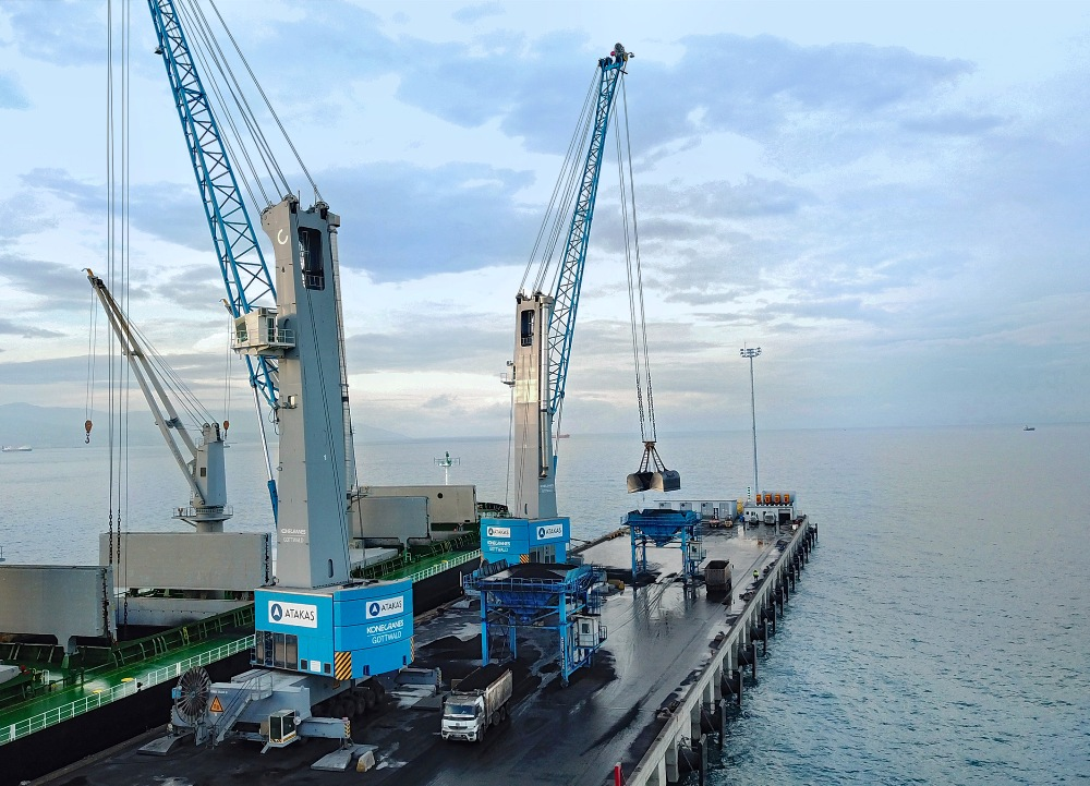 Atakas acquired two Konecranes Gottwald Model 7 HMKs in 2018 and an HSK will arrive this year