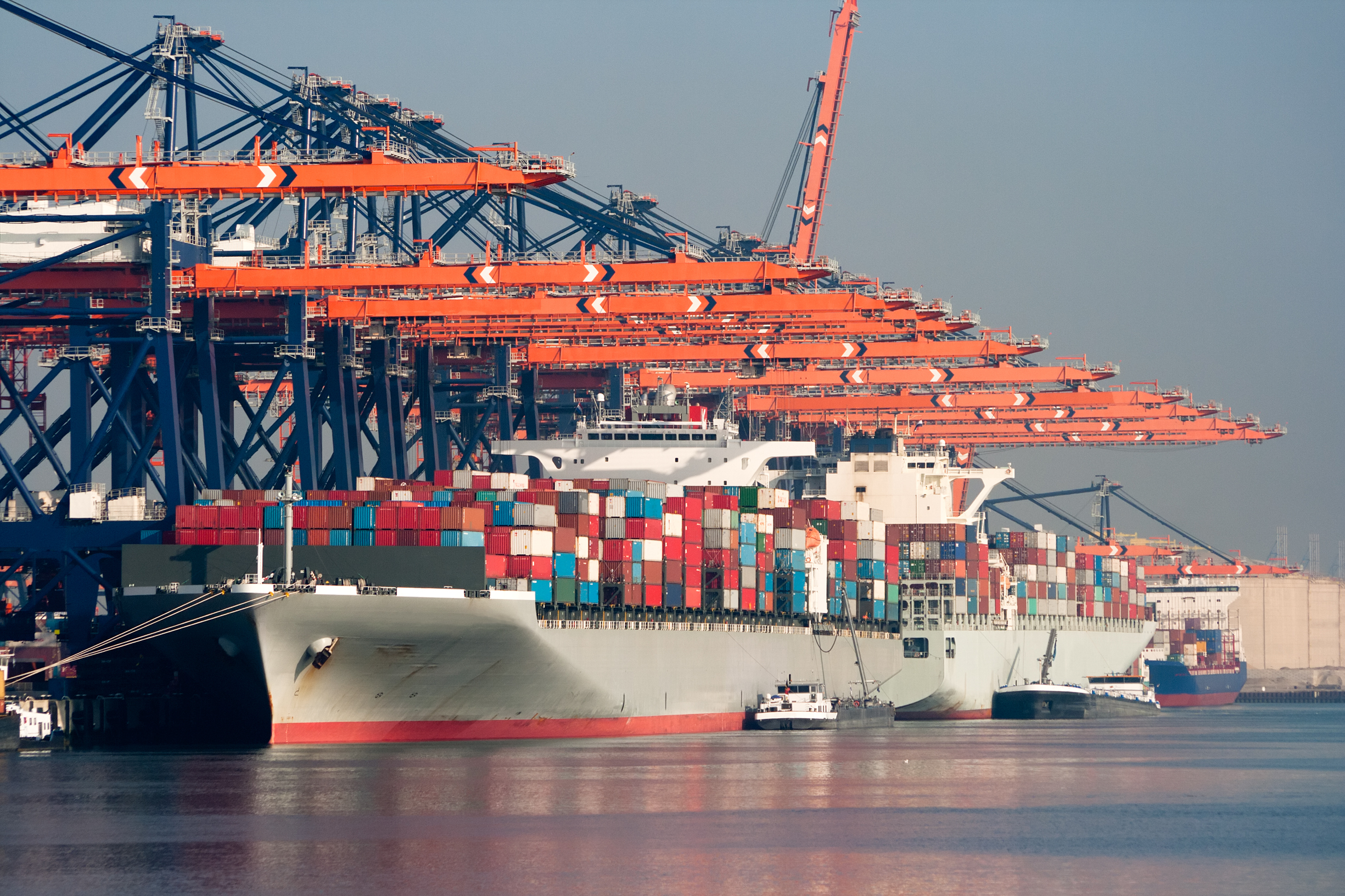 Rotterdam  accounts for 60% of the 2016-18 container traffic increase in the Le Havre-Hamburg range