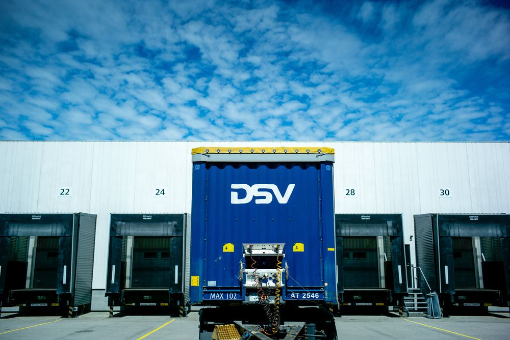 DSV and Panalpina agree terms