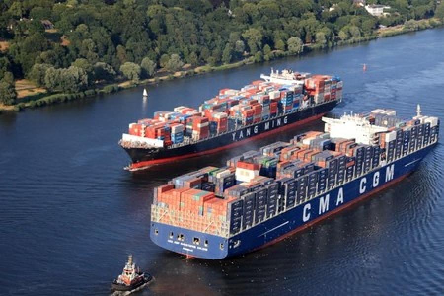 Elbe fairway project delayed by contract dispute