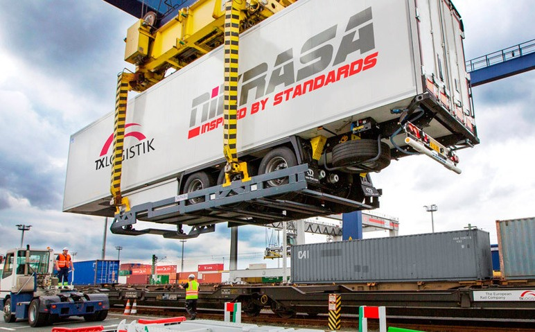 CFL will use Nikrasa platforms to transport non-liftable trailers on the Trieste-Ghent rail link
