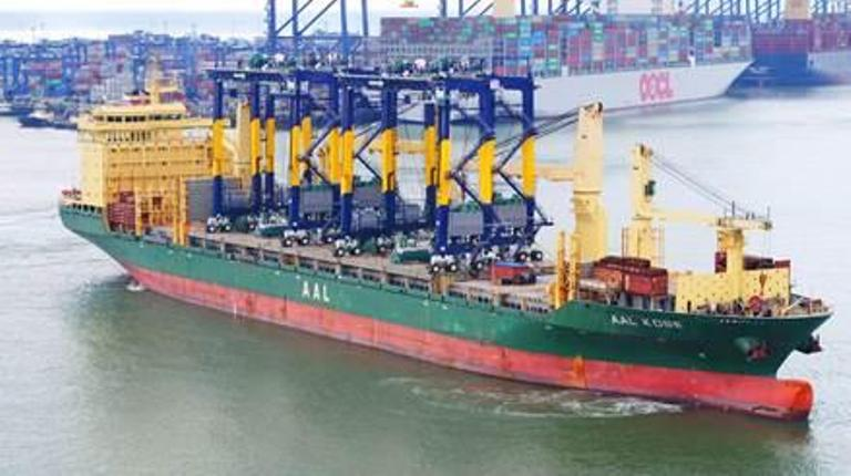 Remote controlled RTGs arrive at Felixstowe