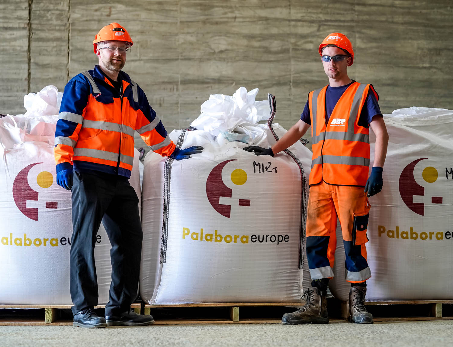 ABP ops manager Simon Stafford Allen and ABP port operative Ben Hunt with bags of crude vermiculite