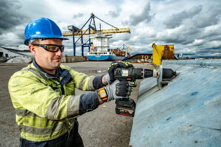 Forth Ports rolls out Reactec HVAS monitoring across all its ports