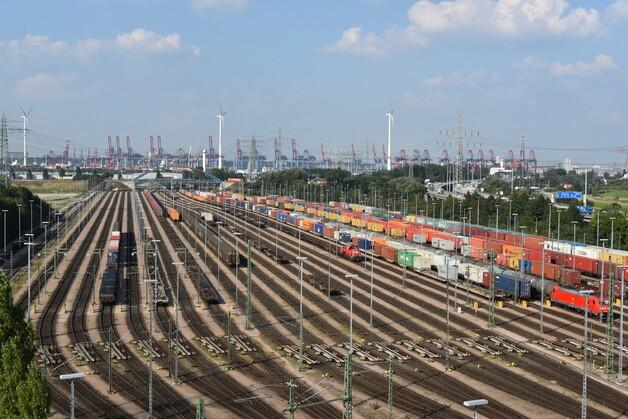 The Port of Hamburg offers unmatched rail access in mainland European ports