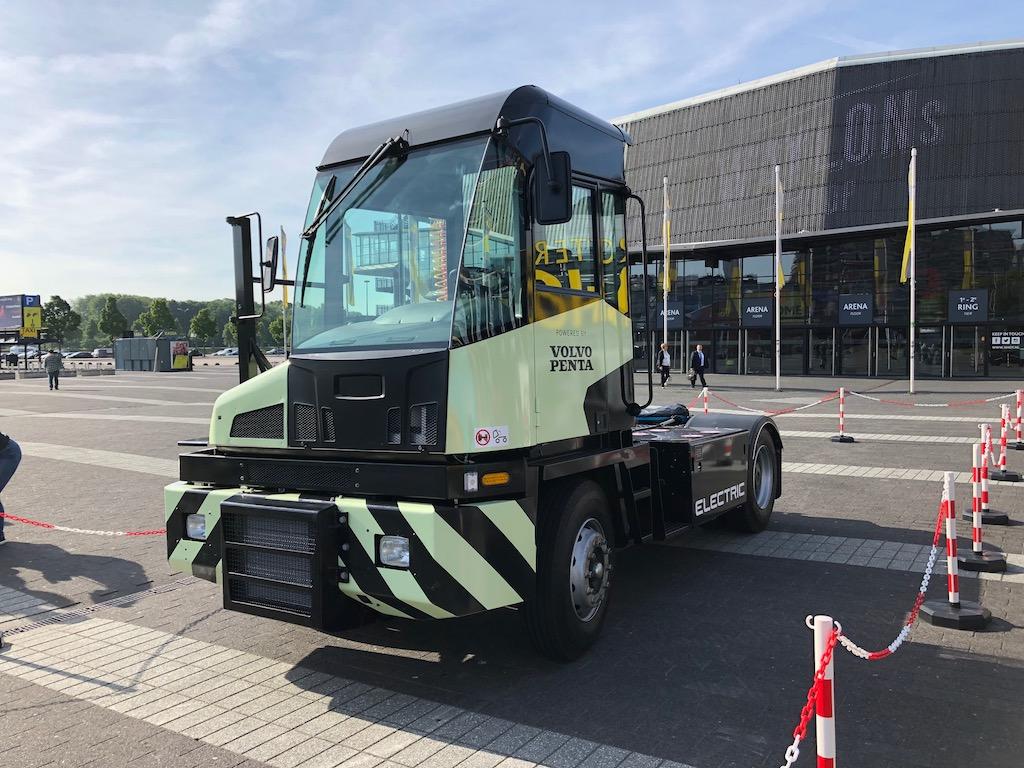 Volvo presents zero emissions tractor