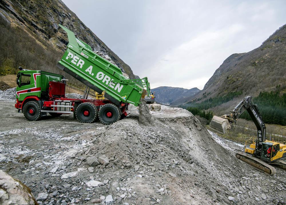 Scania 6x6 G500 trucks replacing dumpers