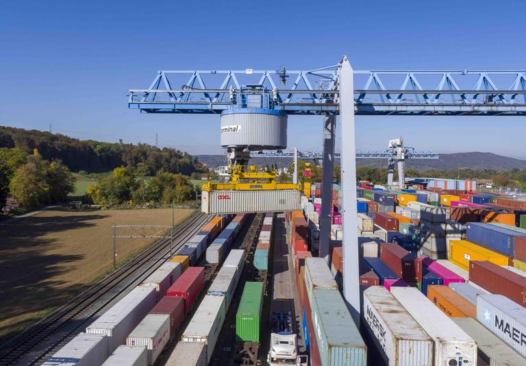 Schweizerzug/Swiss Terminal has further increase its Rhine seaports connectivity