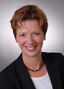 Senator Dr Claudia Schilling