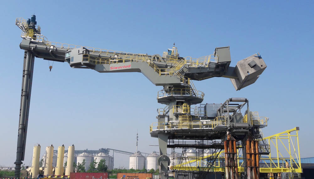 Ship-unloader delivered to Texas operation