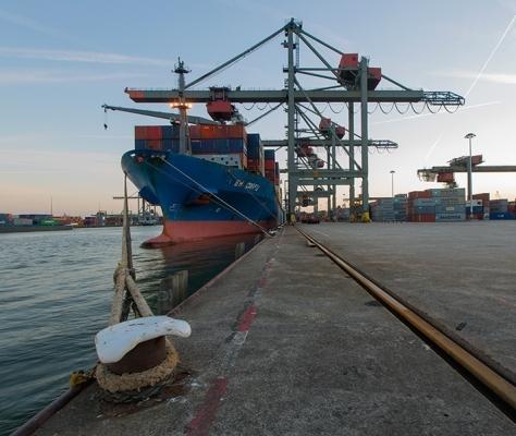 Rotterdam - Steinweg to close down Uniport terminal