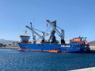 Port Solutions sells MHC to Arinaga operator