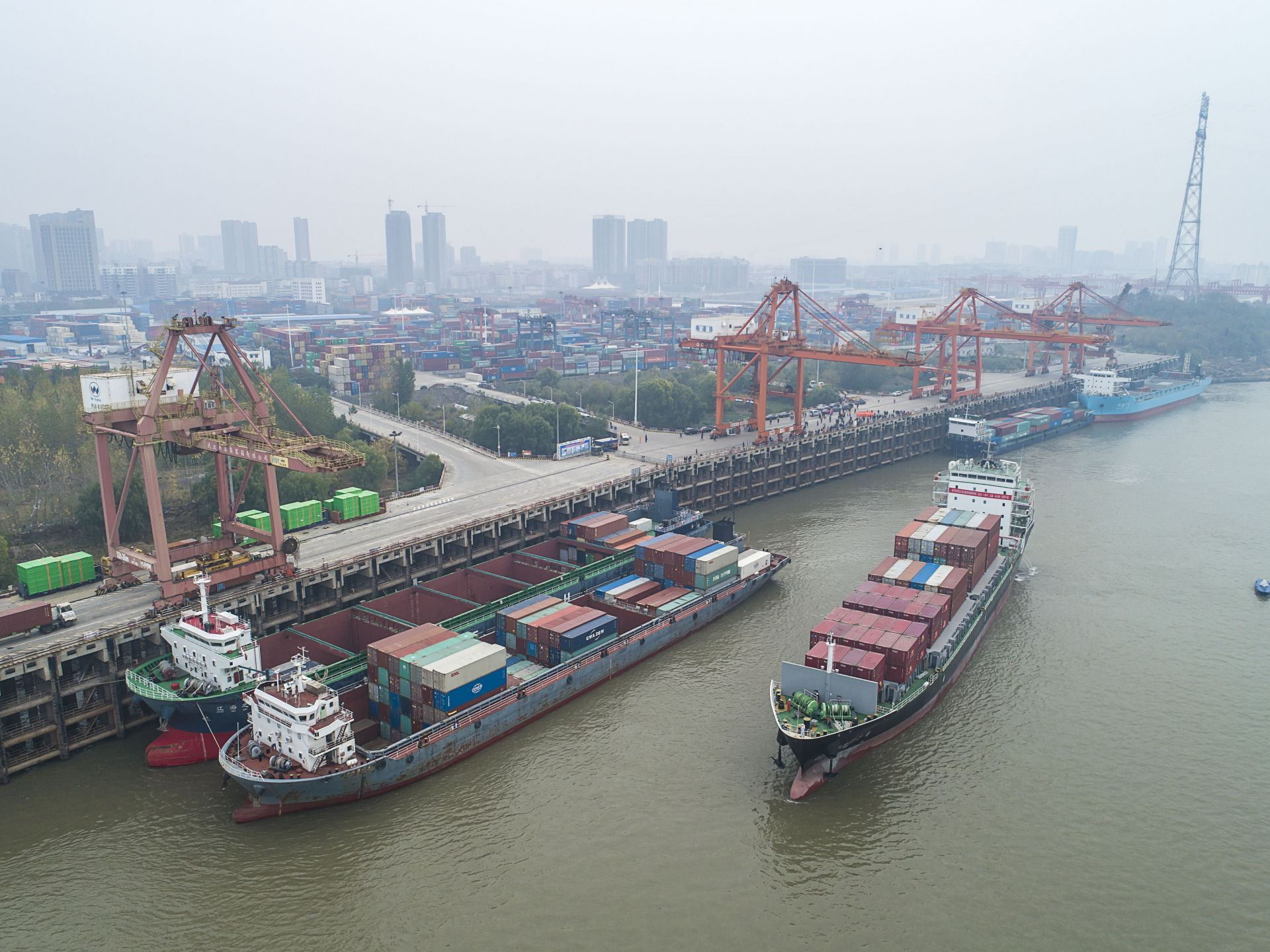Direct sailing from Wuhan to Japan