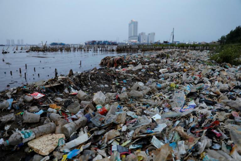 Environment groups slam waste imports in Indonesia