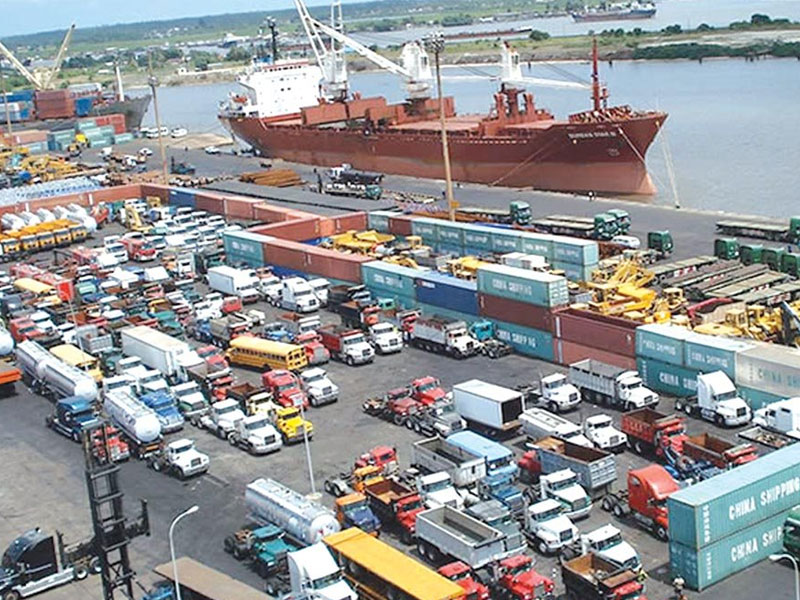 WorldCargo News - News - Congestion worsening in Lagos ports