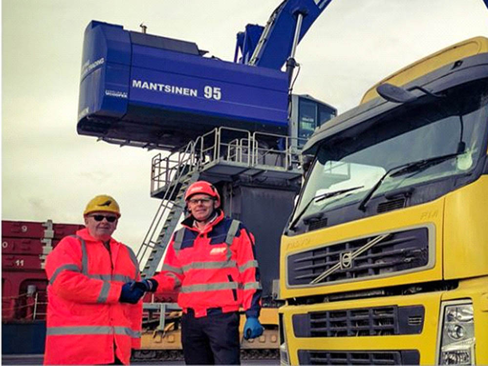 ABP Ipswich beefs up bulk and haulage offers