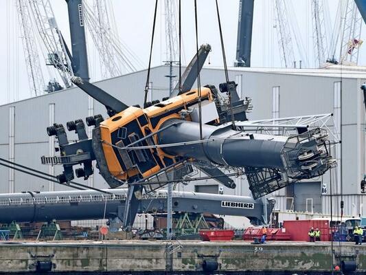 Liebherr crane salvage in Rostock completed