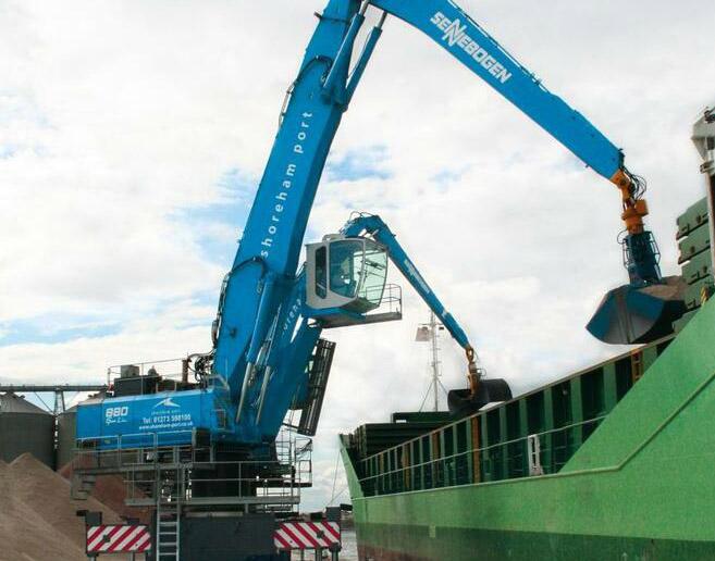 Sennebogen adds to its British ports set-up