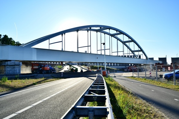 Final centrepiece in Rotterdam Betuwe Route bypass installed