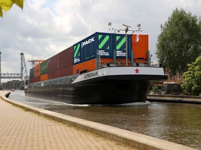 Towards zero emissions inland shipping