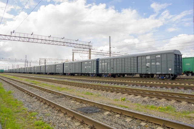 UWC delivers box rail cars to Kuchukterminal