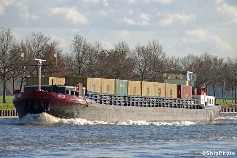 Barge operator acquisitions in the Netherlands