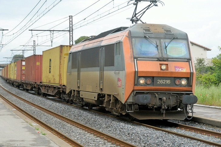 France waives rail freight charges