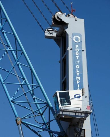 Olympia re-thinks crane purchase