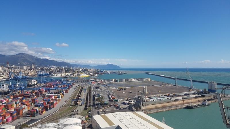 Koncranes in Genoa equipment deal