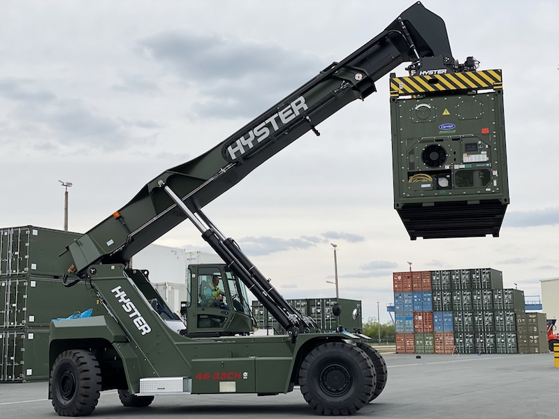 Hyster Europe books German military reach stacker order