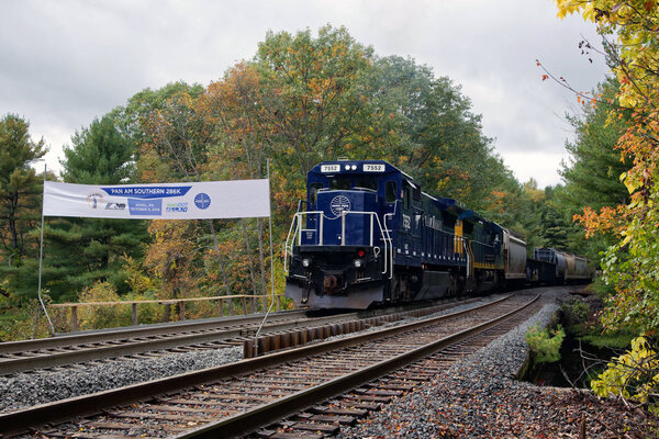 CSX faces fight with NS over Pan Am
