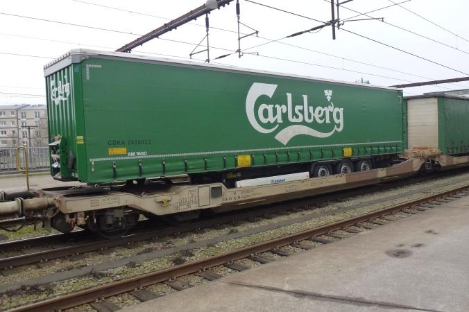 Danes ban trailers on fixed link rail crossings - again!