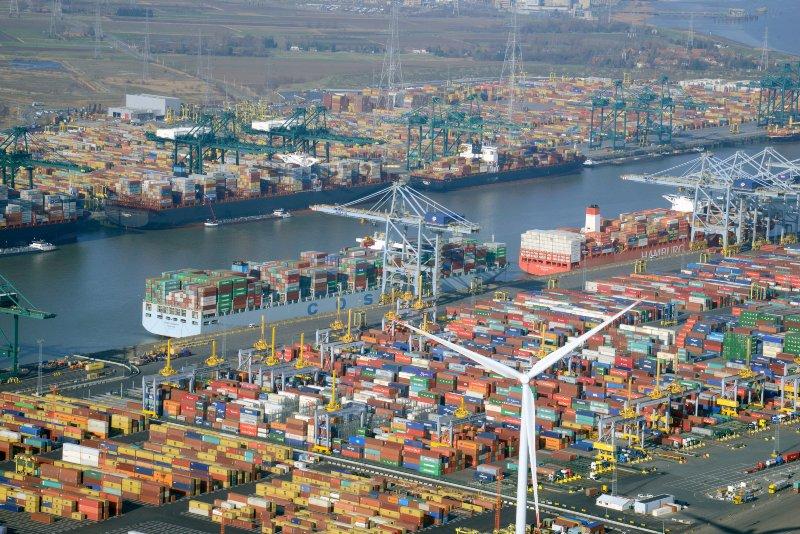 Antwerp's new tidal dock plan takes nitrogen hit