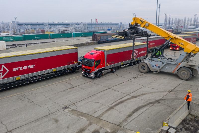 Arcese starts new transalpine intermodal service