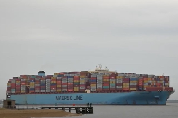 More containers overboard