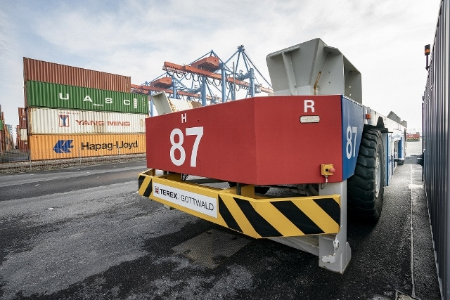 HHLA container volume off 6.6% in Q1 2021